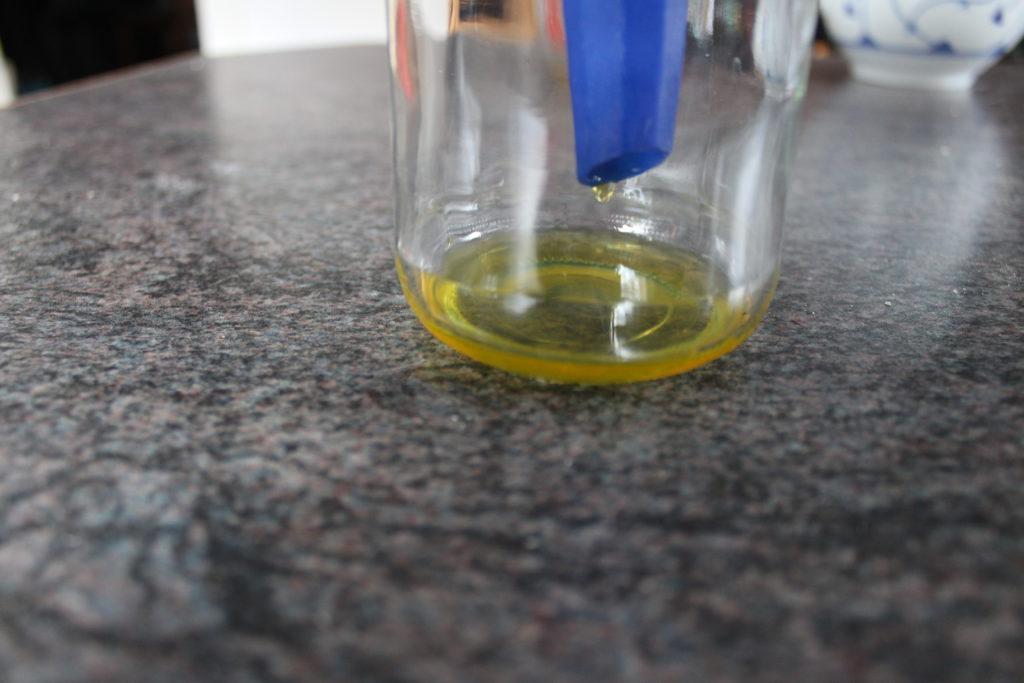 Tropfen Weihrauch-Parfüm(Schritt 8)
